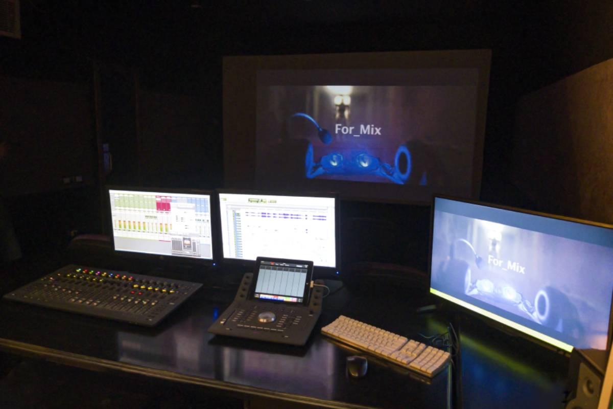 Feedback Studio